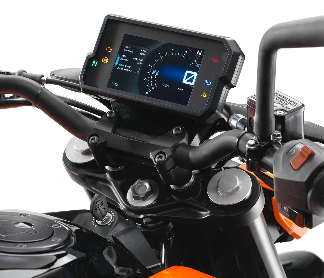 2017 125cc bike of the year ktm 125 duke mcn. Black Bedroom Furniture Sets. Home Design Ideas