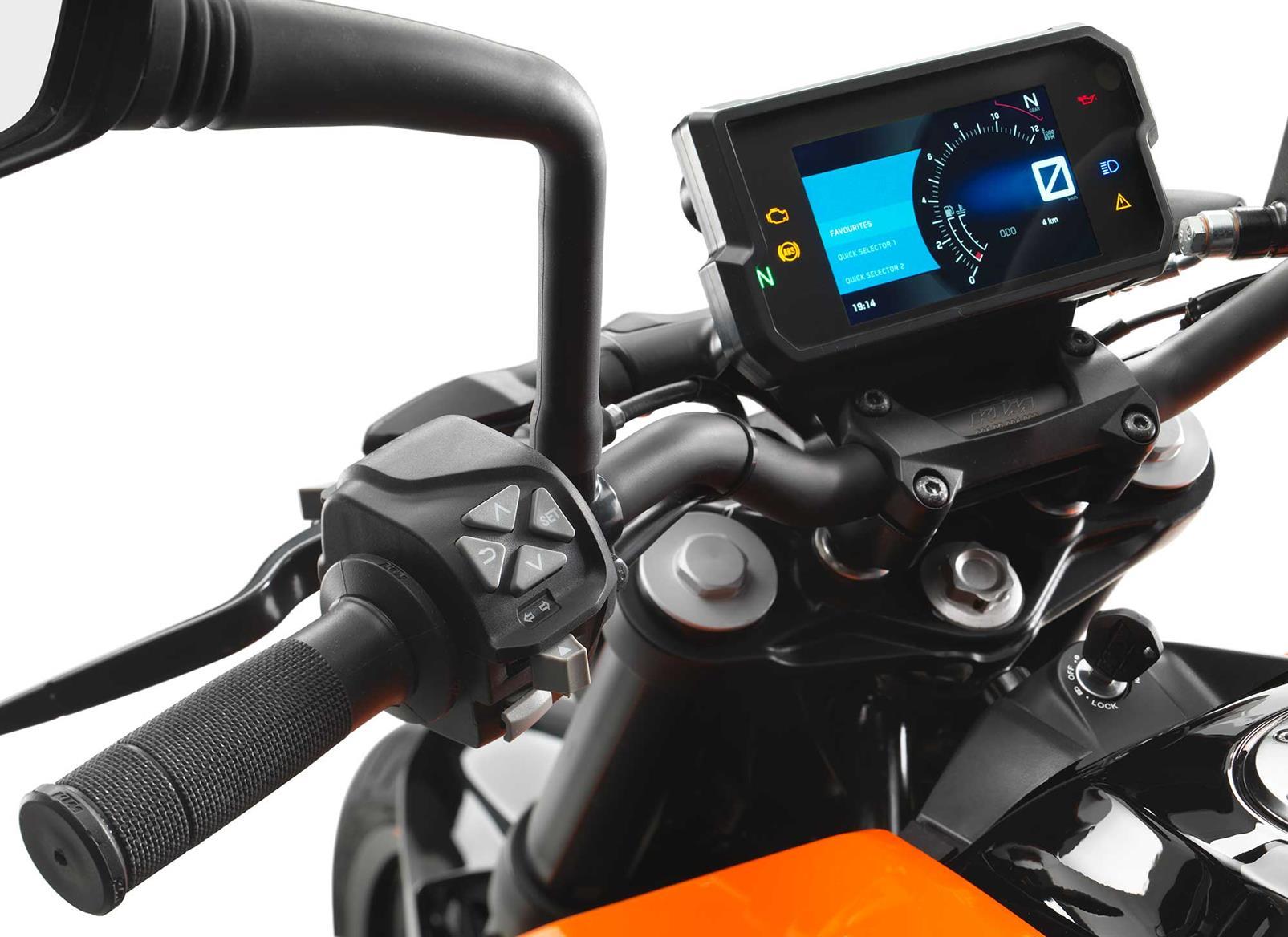 2017 125cc bike of the year: KTM 125 Duke   MCN