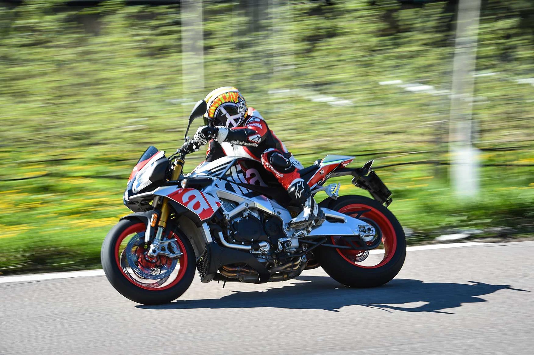 Aprilia Tuono V4 1100 on the road