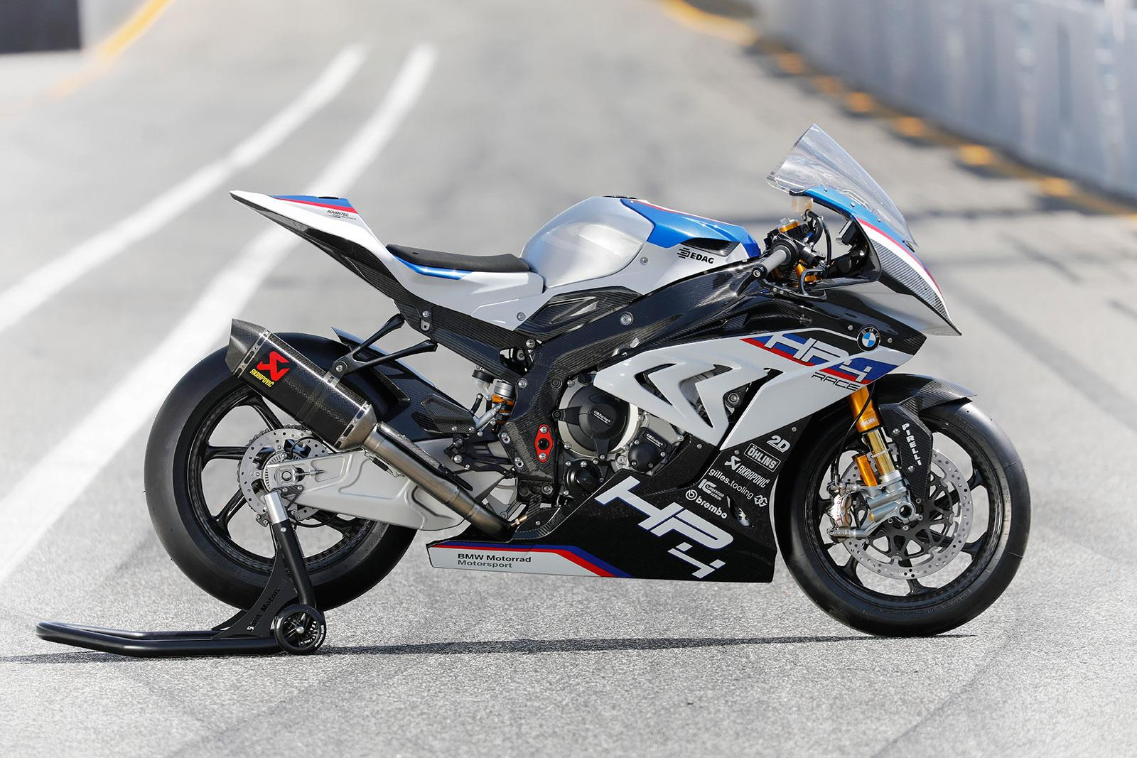 video bmw hp4 race is the real wsb deal mcn. Black Bedroom Furniture Sets. Home Design Ideas