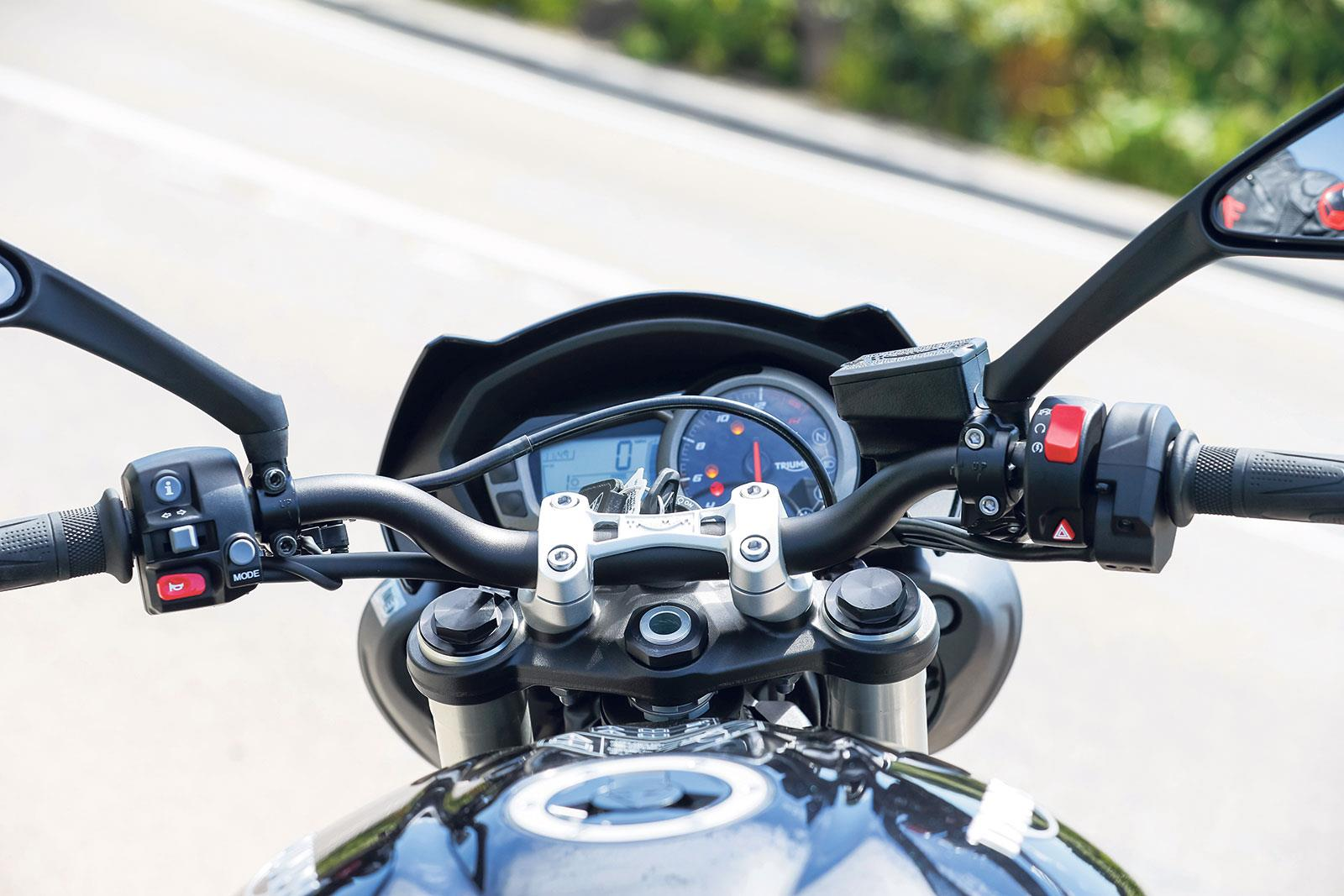 triumph street triple 765 s (2017-on) review | mcn