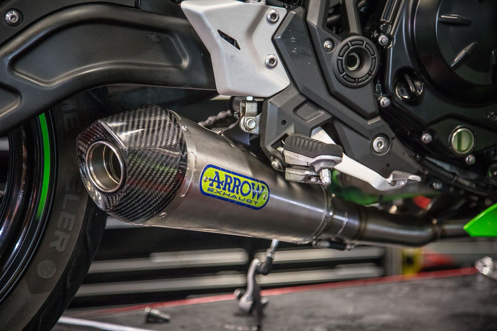 Kawasaki Ninja650 Arrow exhaust system