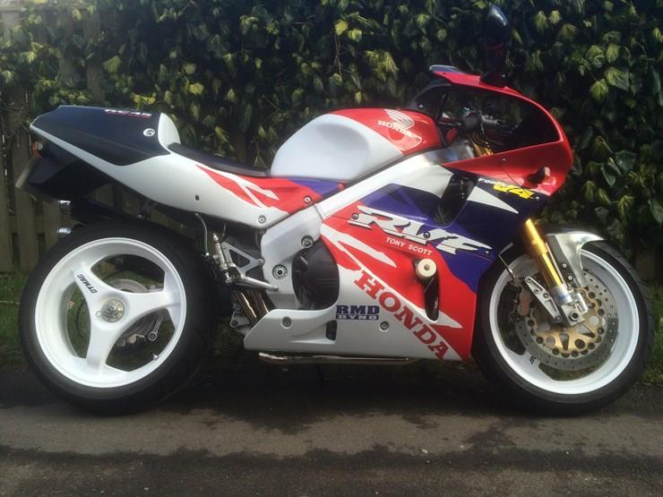 Honda RC45 motorcycle for sale