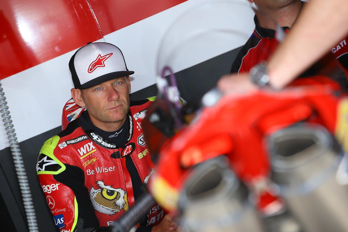 Mce Bike Insurance >> BSB: Byrne frustrated with Thruxton pace | MCN