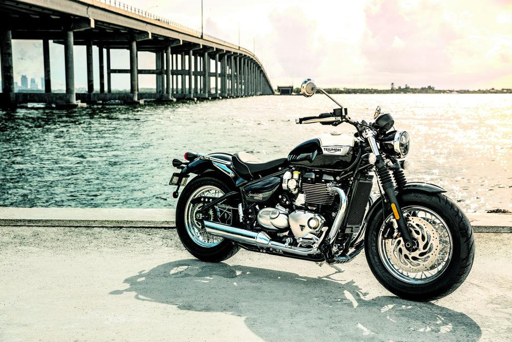 2018 Triumph Speedmaster and Bobber Black: Reaction | MCN