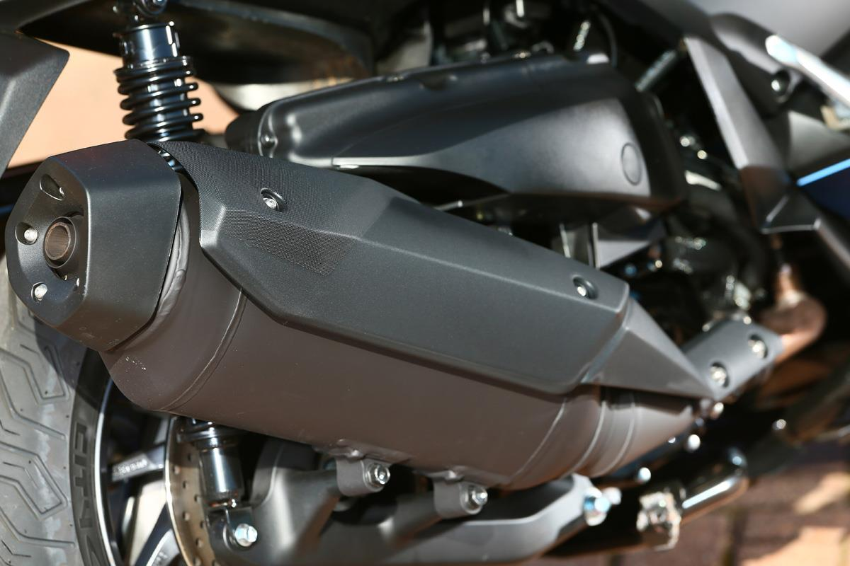 Yamaha Xmax 400 A Maxi Scooter Without Price Tag Mcn Fzr400 Digital Ignition Control System Share This Article