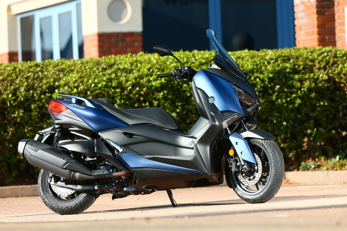 Yamaha Xmax 400 A Maxi Scooter Without Price Tag Mcn Fzr400 Digital Ignition Control System Advertisement