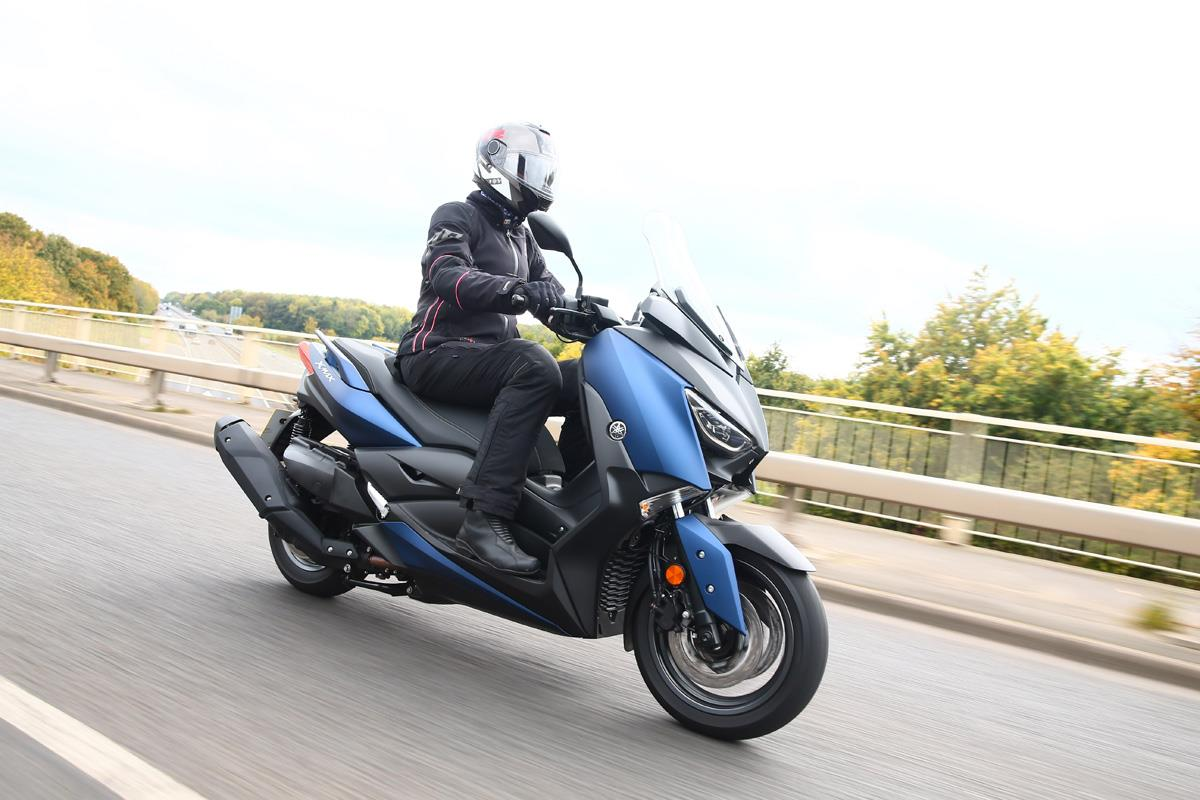 Yamaha Xmax 400 A Maxi Scooter Without A Maxi Price Tag