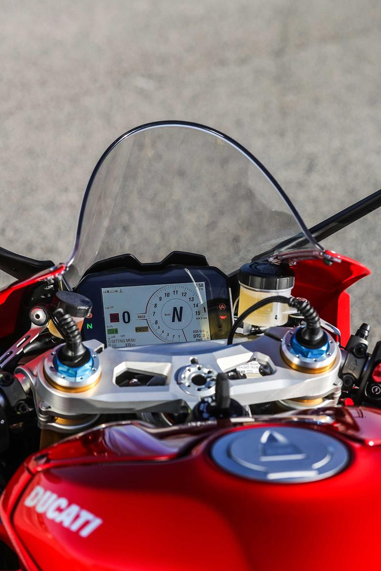 Ducati Panigale V4 dash