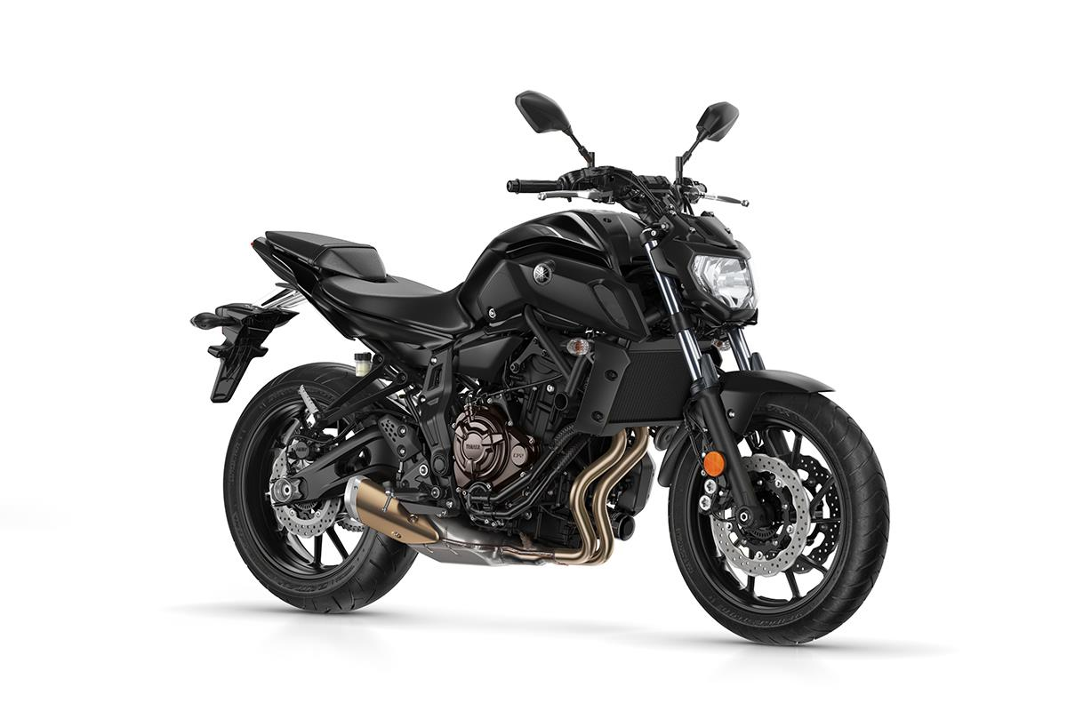 yamaha mt 07 and mt 09 sp double threat. Black Bedroom Furniture Sets. Home Design Ideas