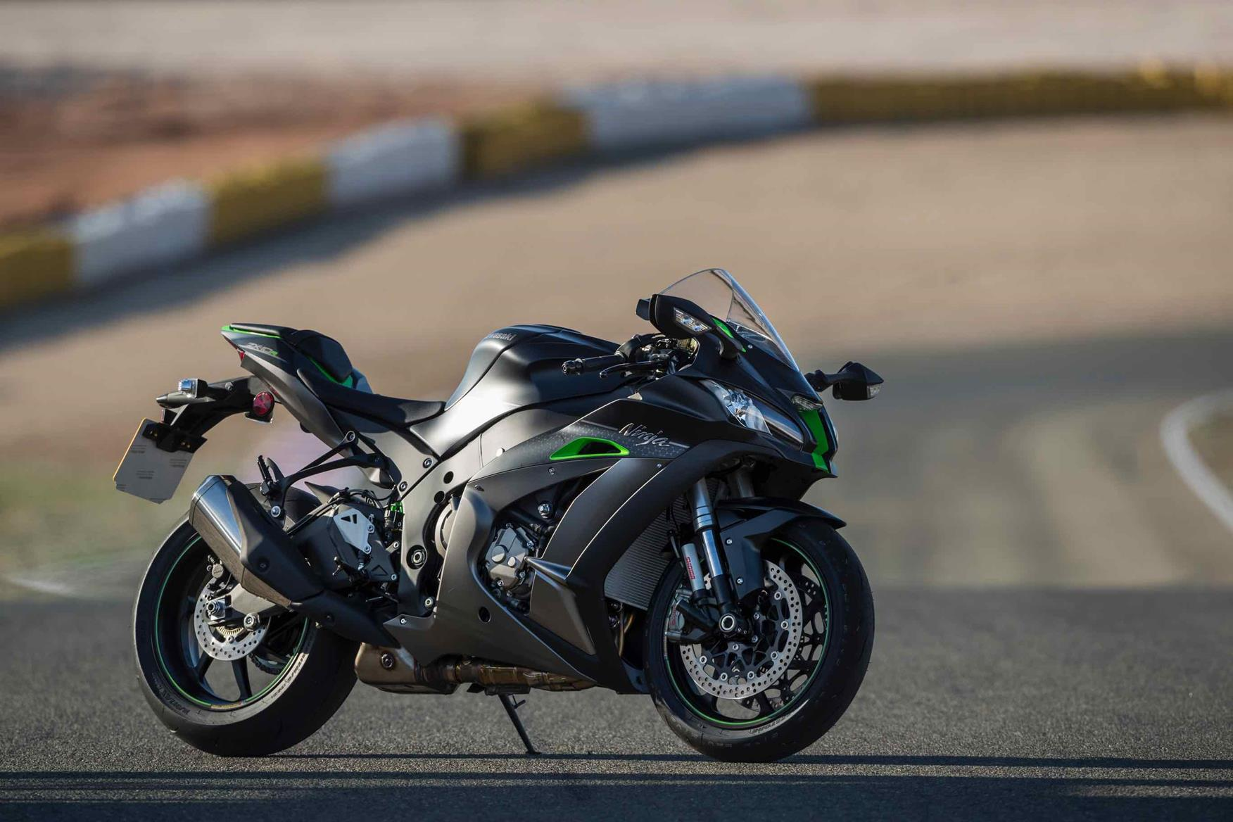 Kawasaki ZX-10R SE first ride. Electronic suspension: the best of all  worlds?