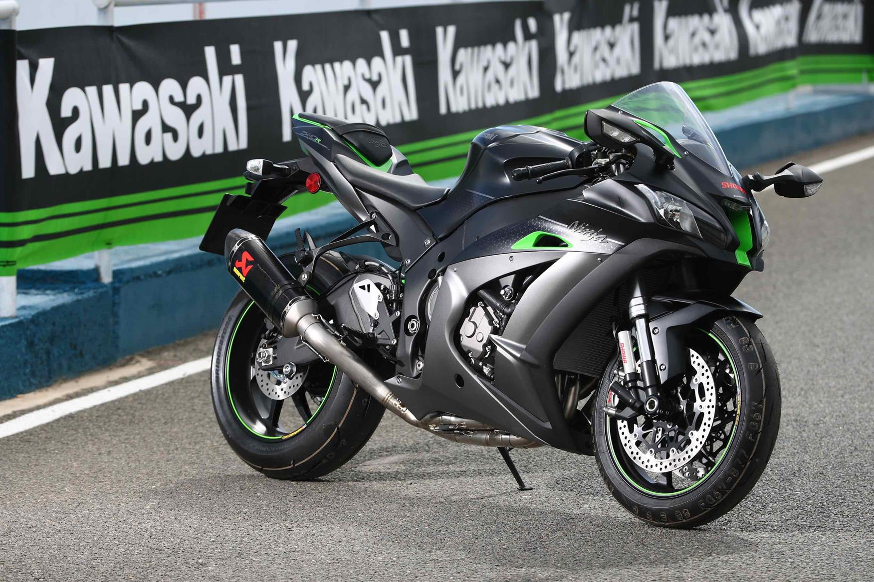 Kawasaki Zx 10r Se First Ride Electronic Suspension The Best Of