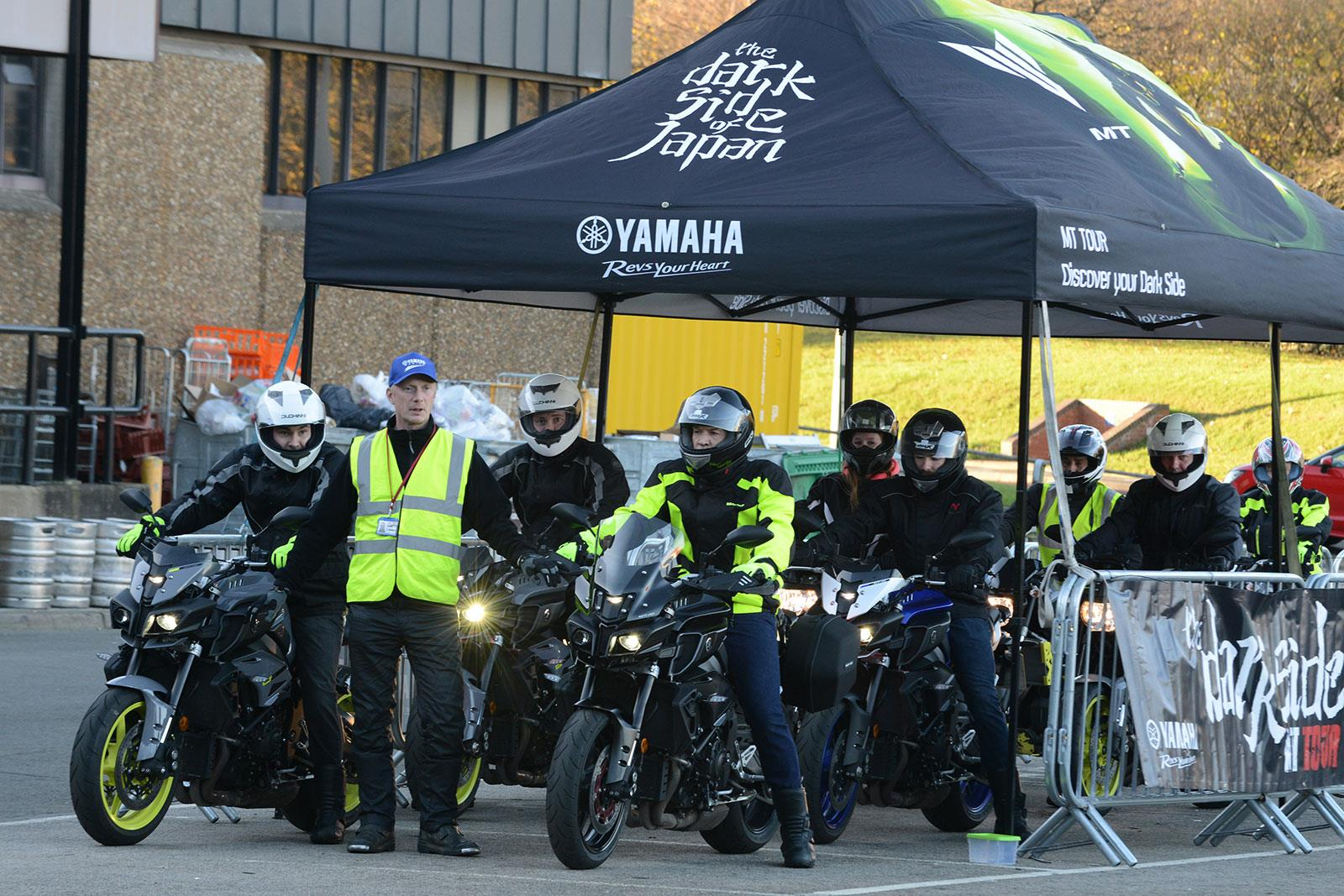 Yamaha Darkside MT tour