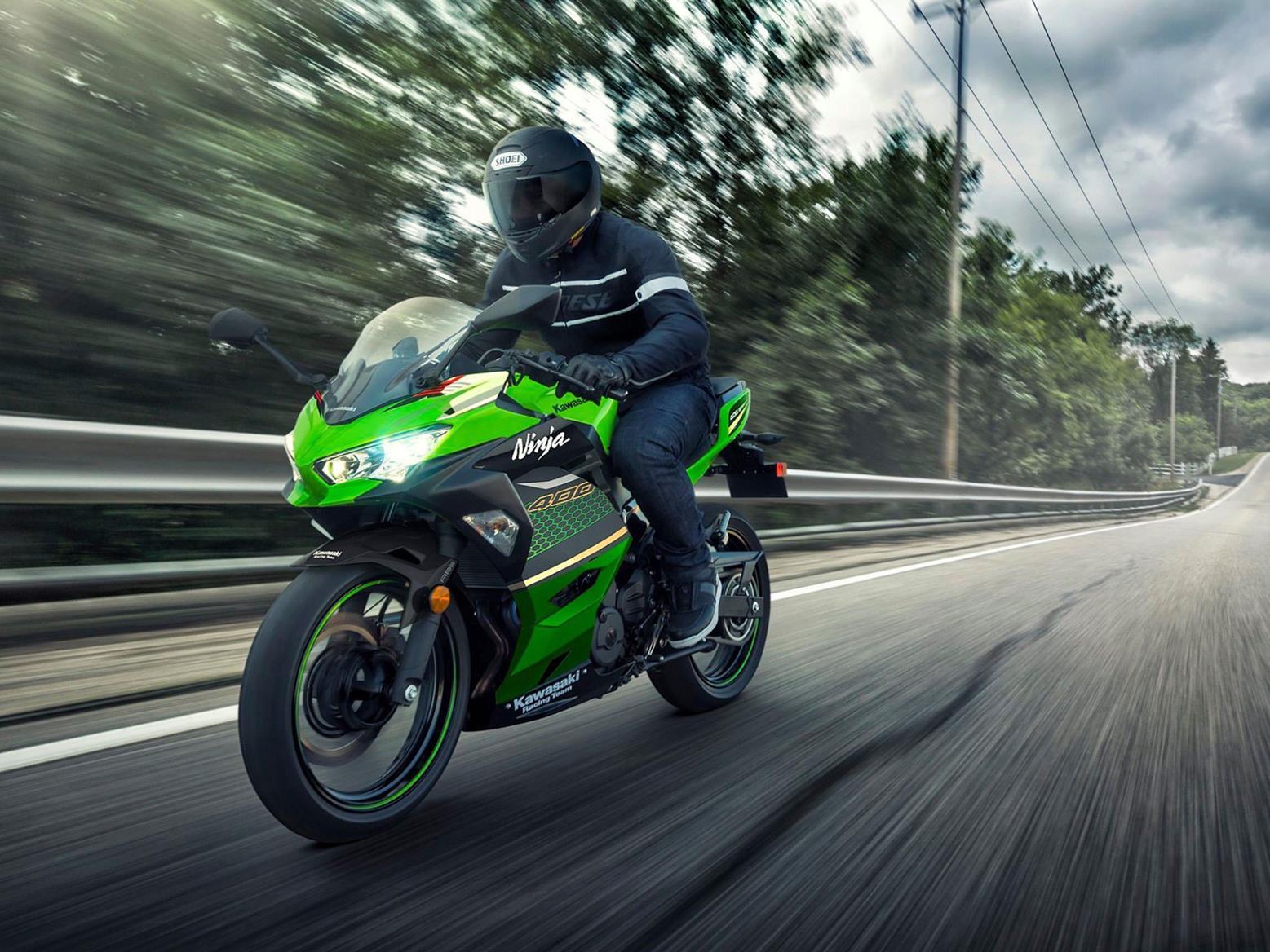 Kawasaki Ninja 400 in Racing Team livery for 2020