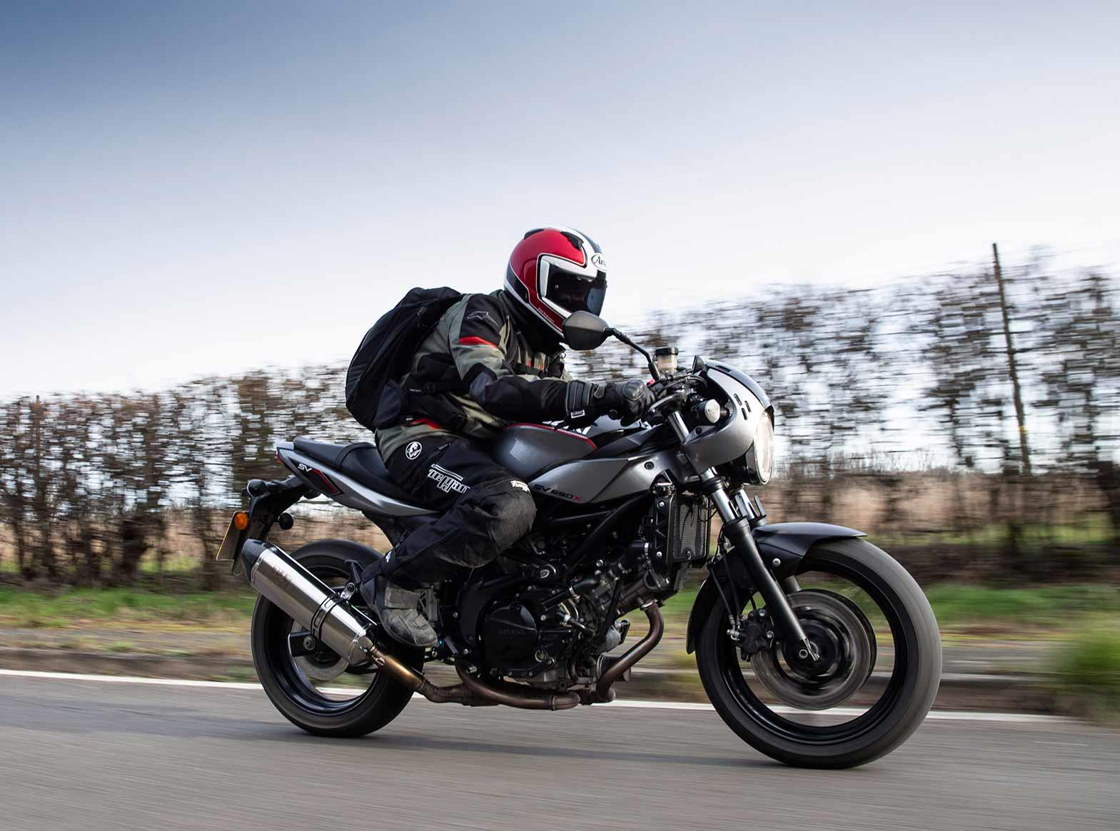 Riding on the Suzuki SV650X