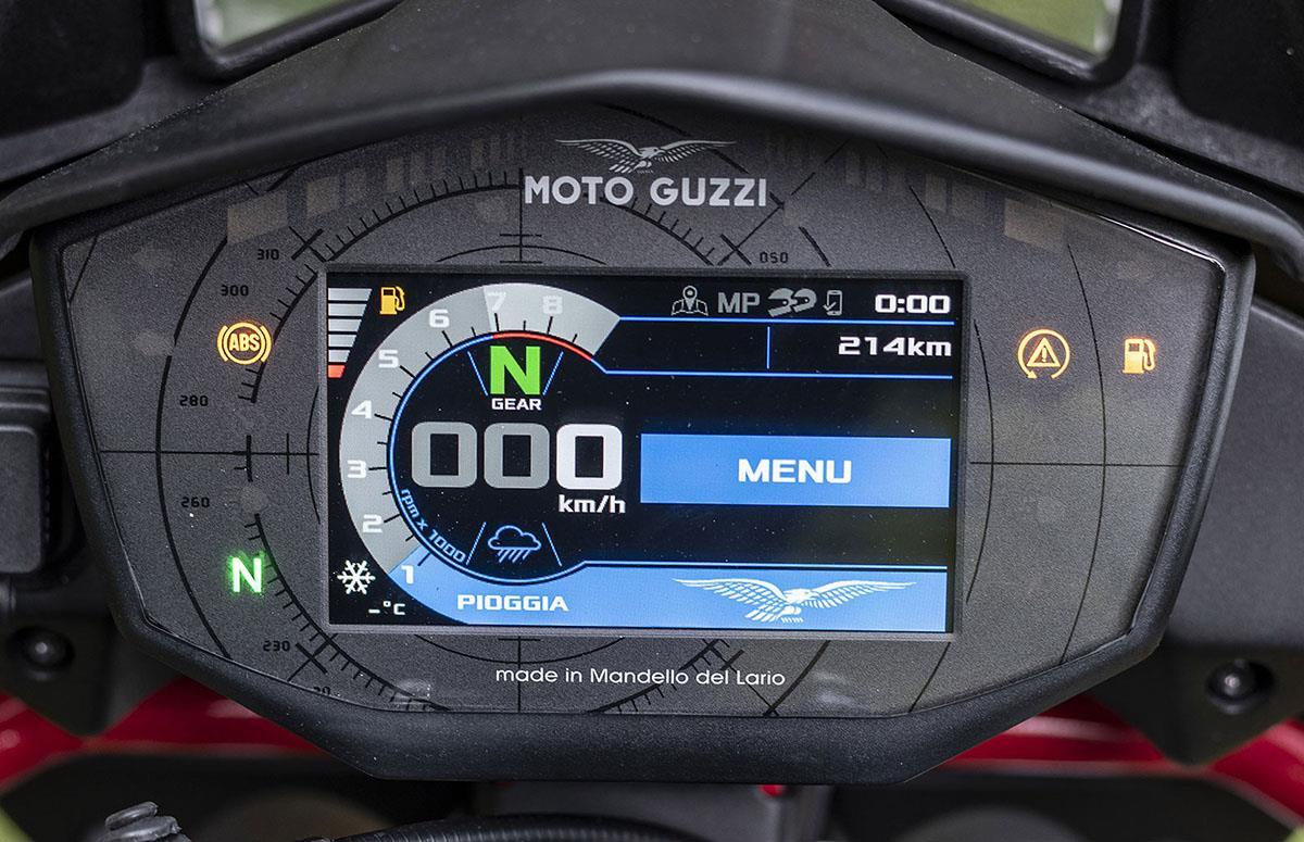 Moto Guzzi V85 TT dash