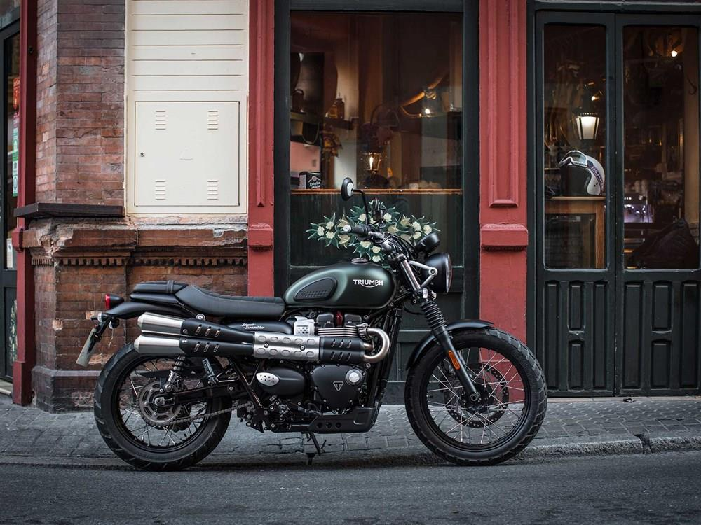 Triumph Street Scrambler 2017 On Motorcycle Review Mcn