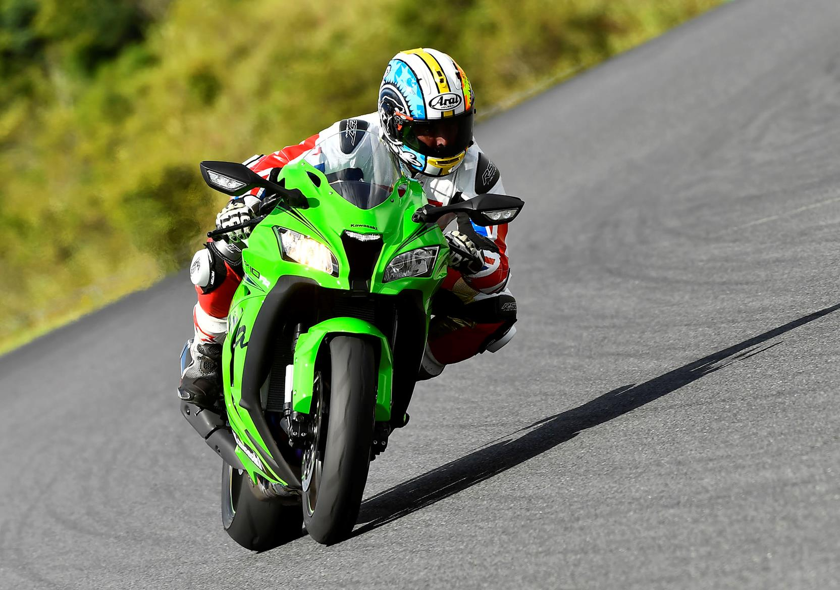 The Kawasaki ZX-10RR is a track weapon