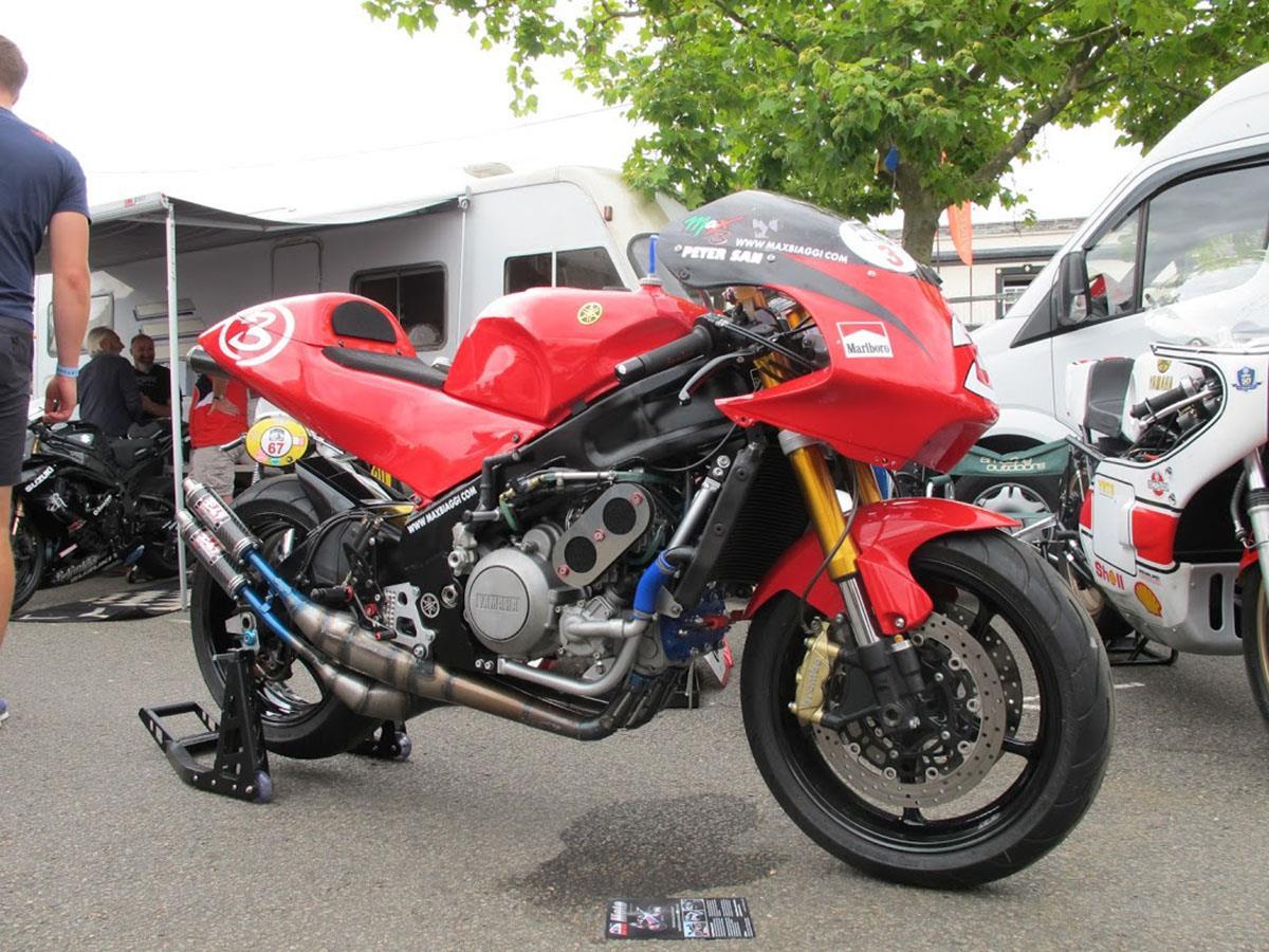 Max Biaggi replica race bike