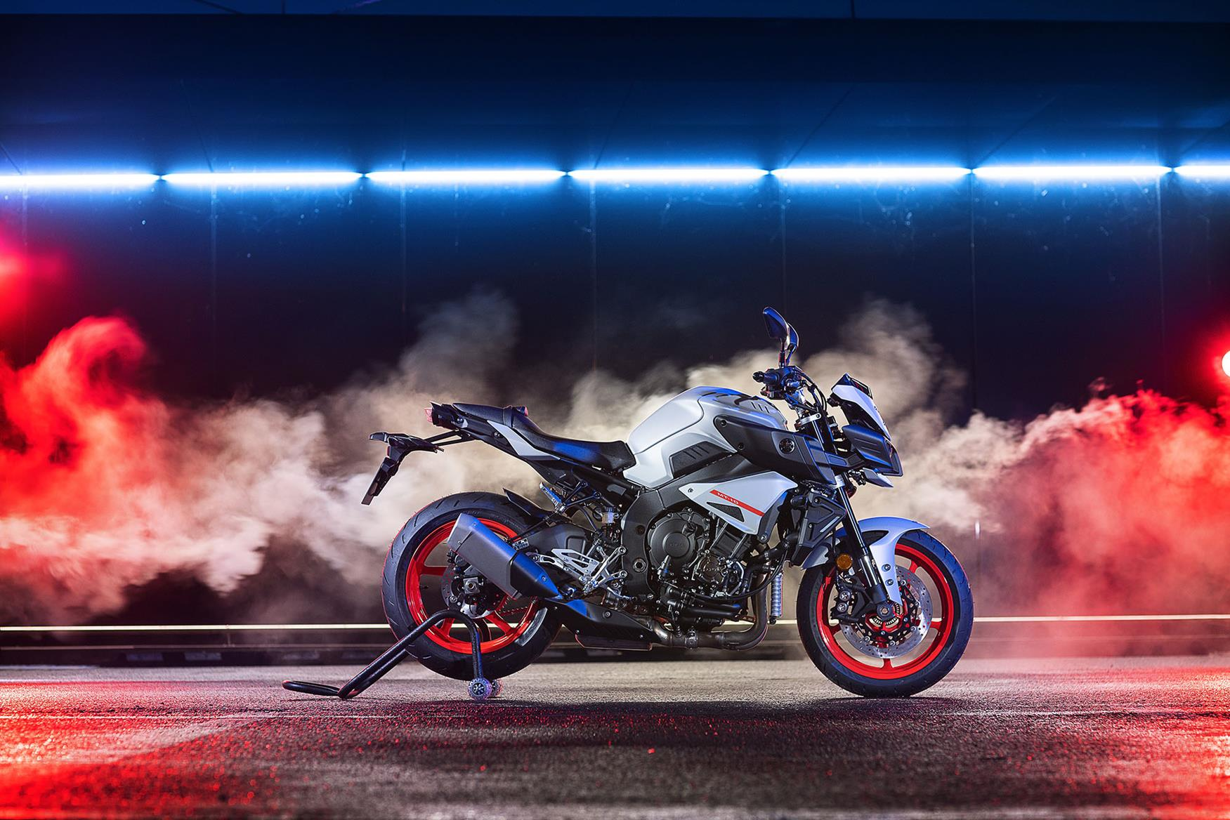 2019 Yamaha MT-10 in Ice Fluo paint