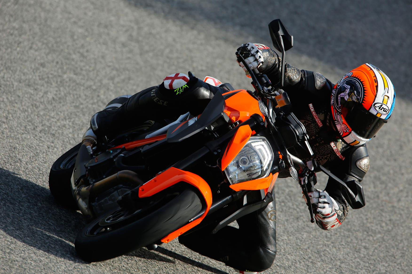 KTM 1290 Super Duke R left turn