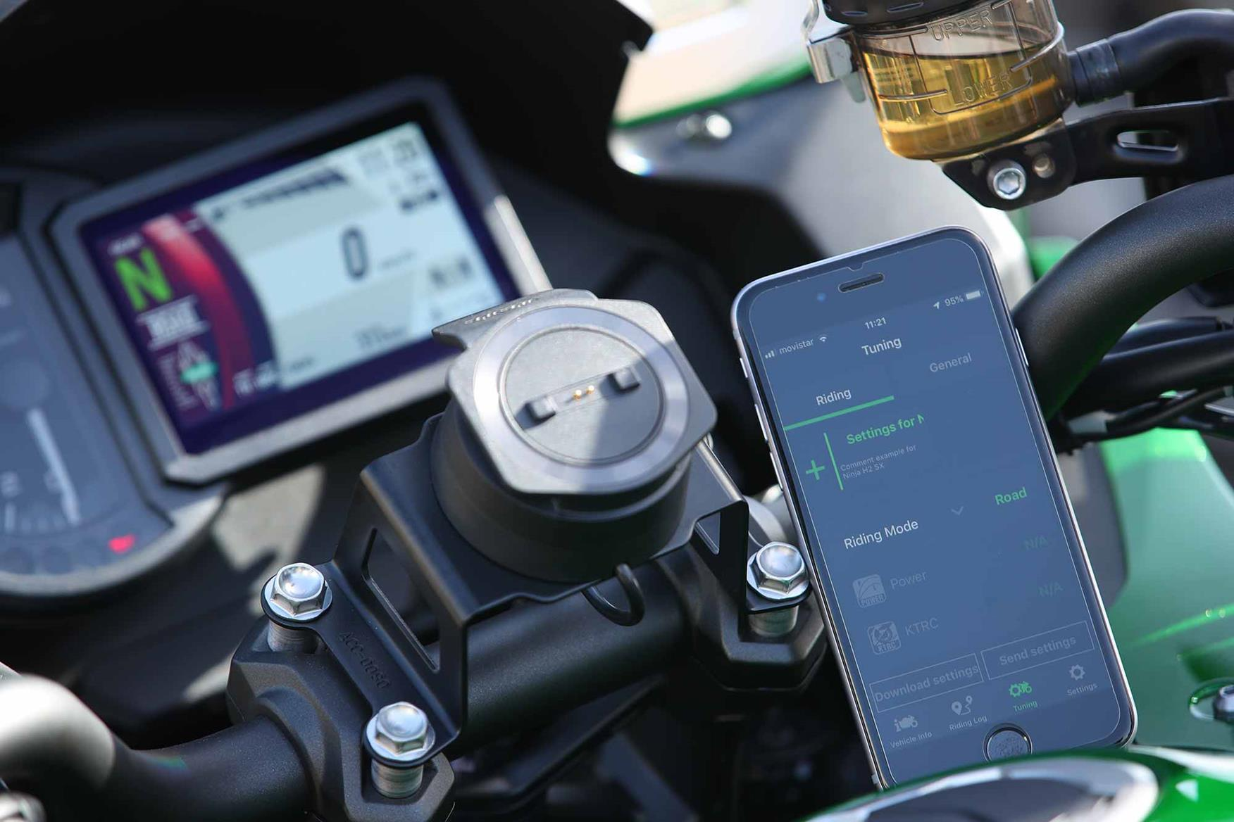 The bike can be adjusted with a 'Rideology' app