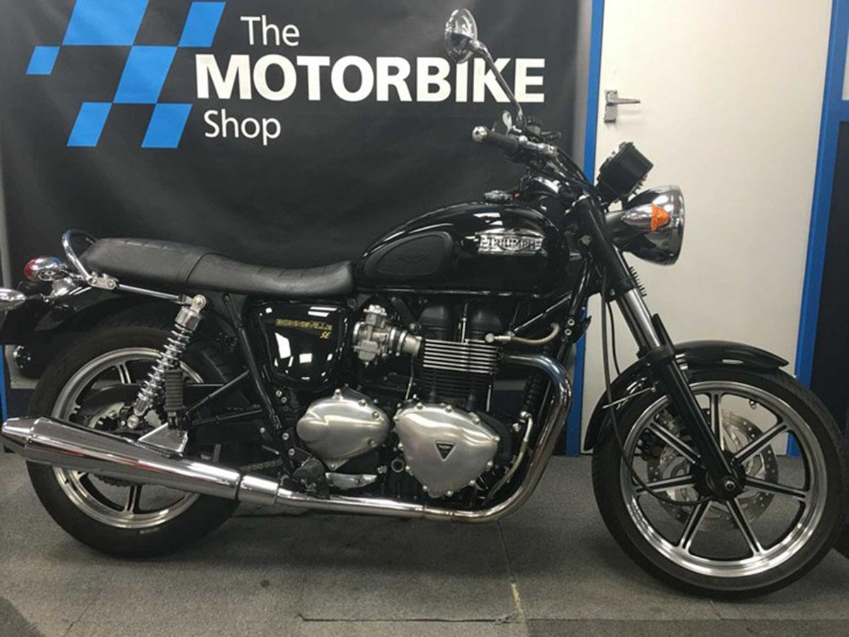 Triumph Bonneville 900 for sale