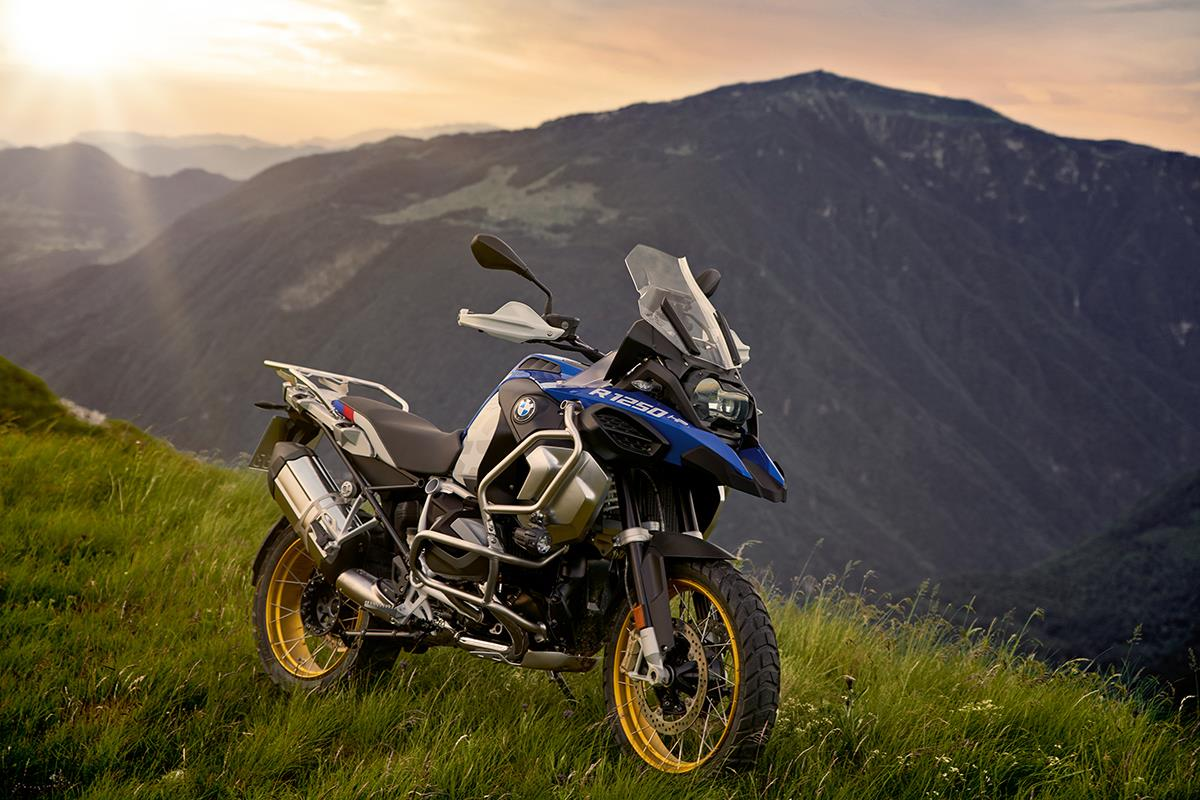 bmw r1250gs adventure 2019 on review. Black Bedroom Furniture Sets. Home Design Ideas