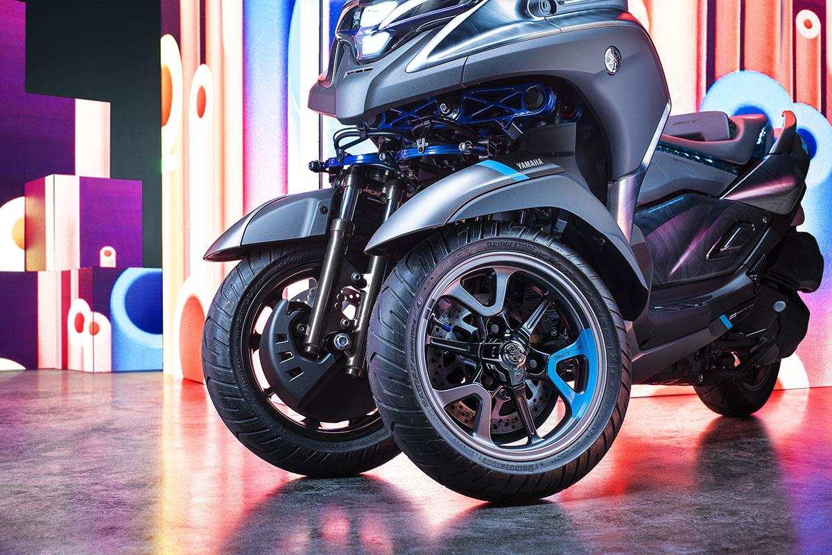 Yamaha's 3CT concept has blue accents on the bodywork