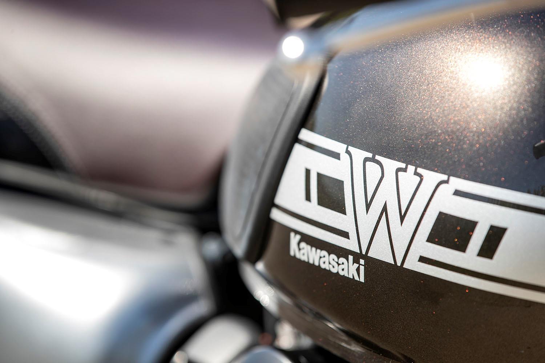 Kawasaki W800 tank