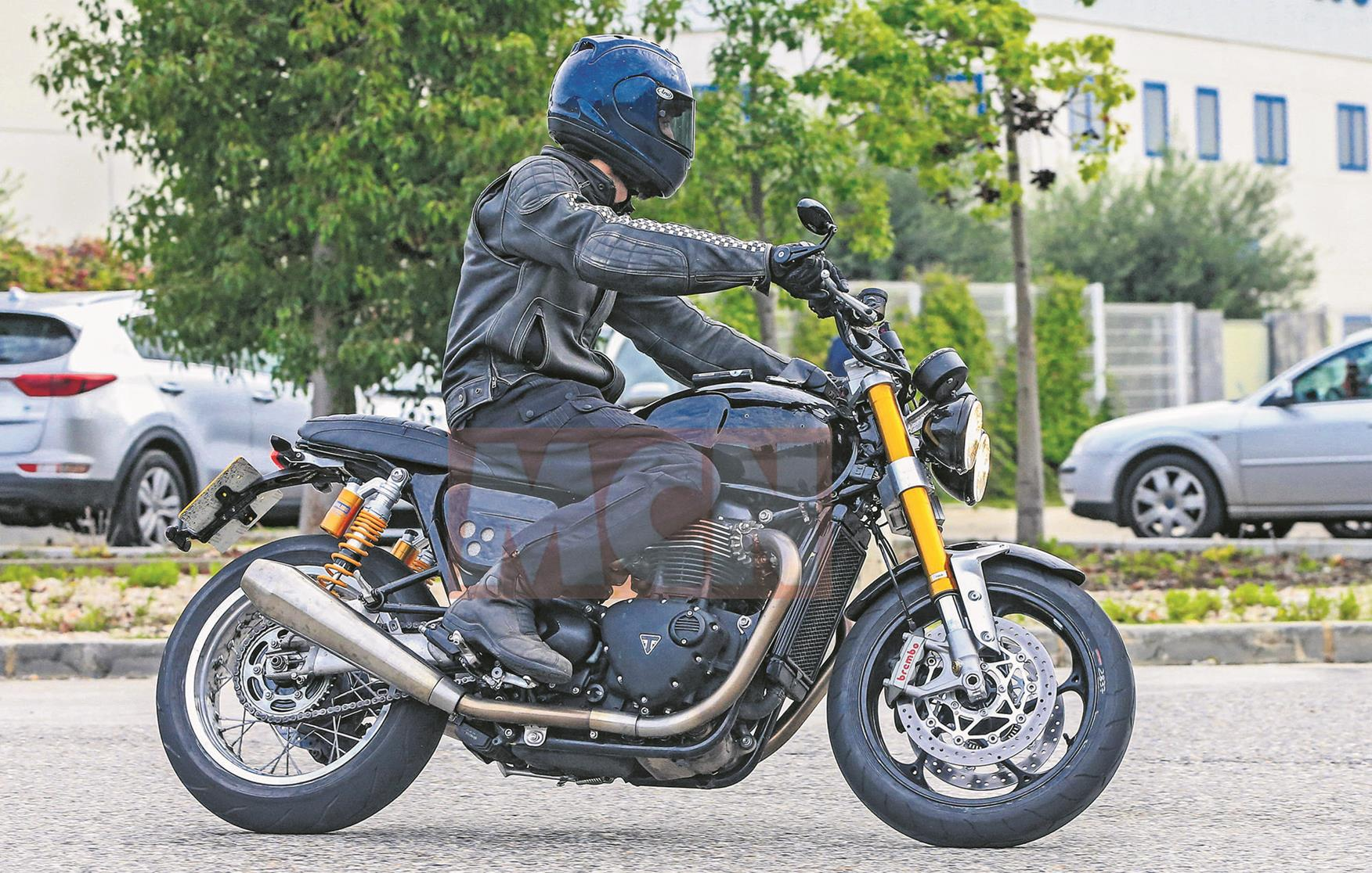 Triumph Speed Twin spy shots first emerged in 2016
