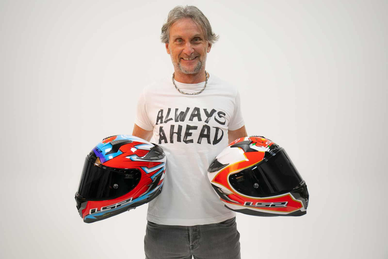 Foggy shows off both LS2 helmets