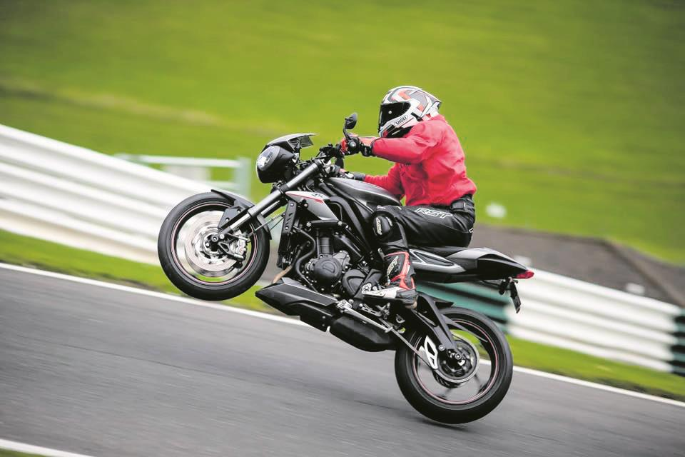 R5K member Carl Ward on a track day