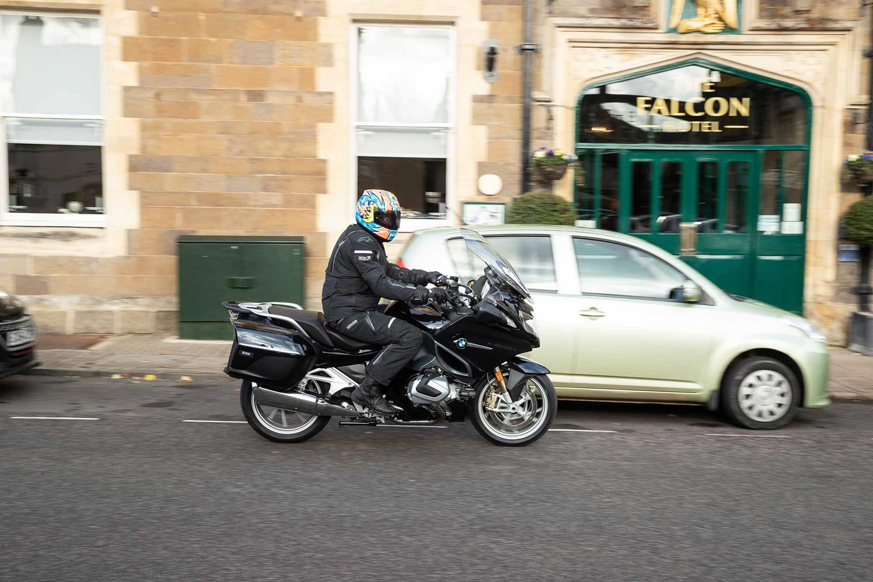The BMW R1250RT in an urban environment