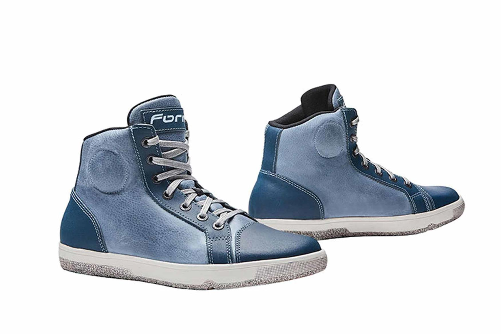 These Forma boots offer casual looks and protection
