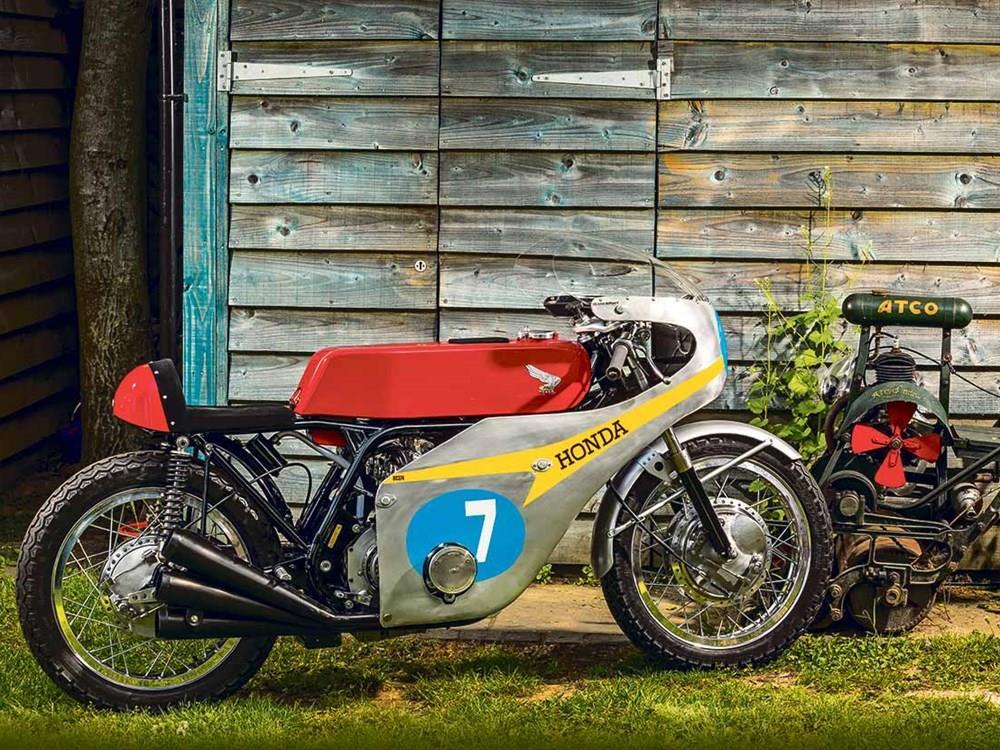 Honda RC174 replica