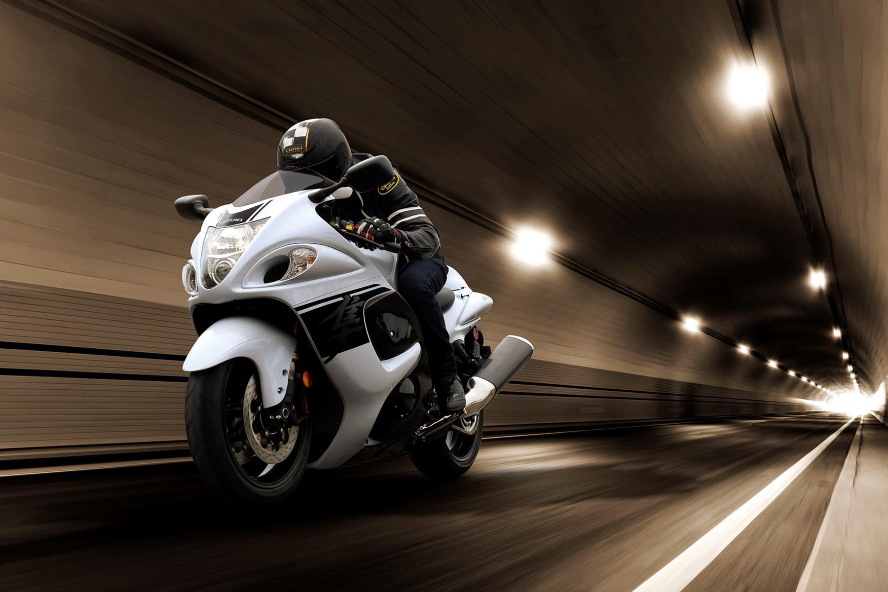 Suzuki Hayabusa on the road