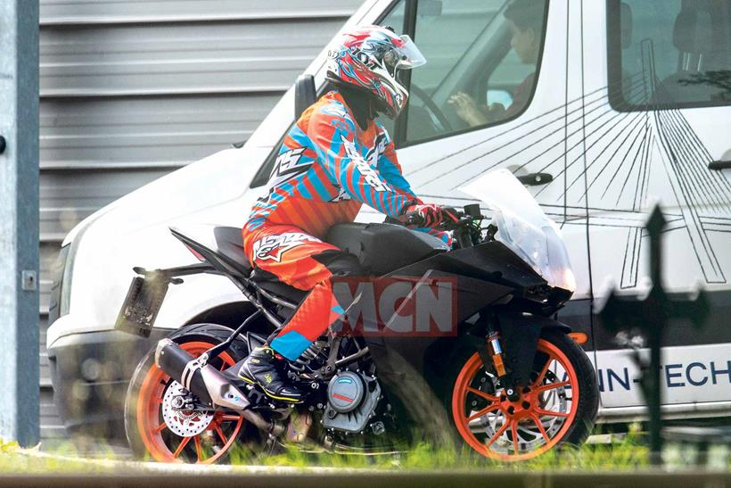KTM RC390 spied in the early stages of development