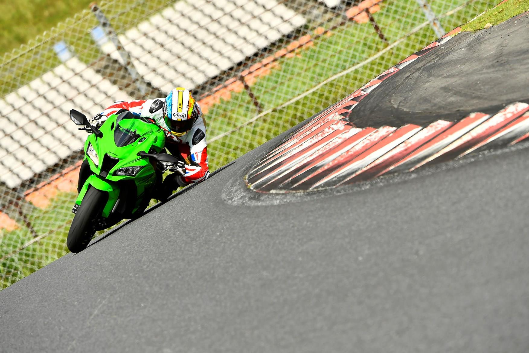 MCN's Adam Child gets his elbow down on the Kawasaki ZX-10RR