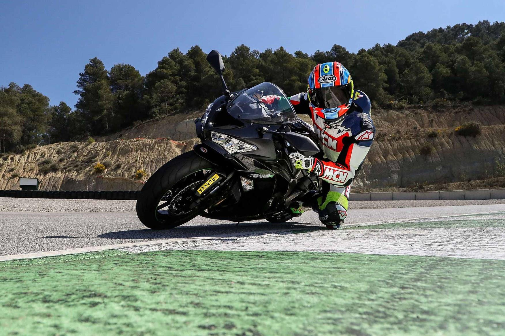 Riding the Kawasaki ZX-6R on track