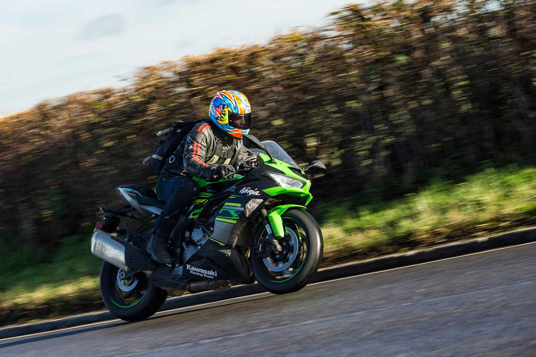 Cornering on the Kawasaki ZX-6R