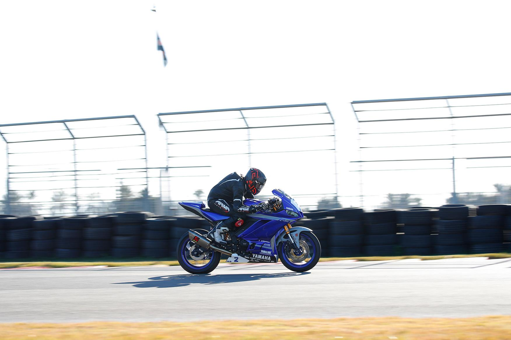 The race bike is faster than the standard R3