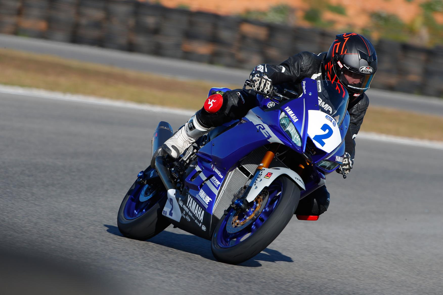 Cornering on the GYTR Yamaha R3