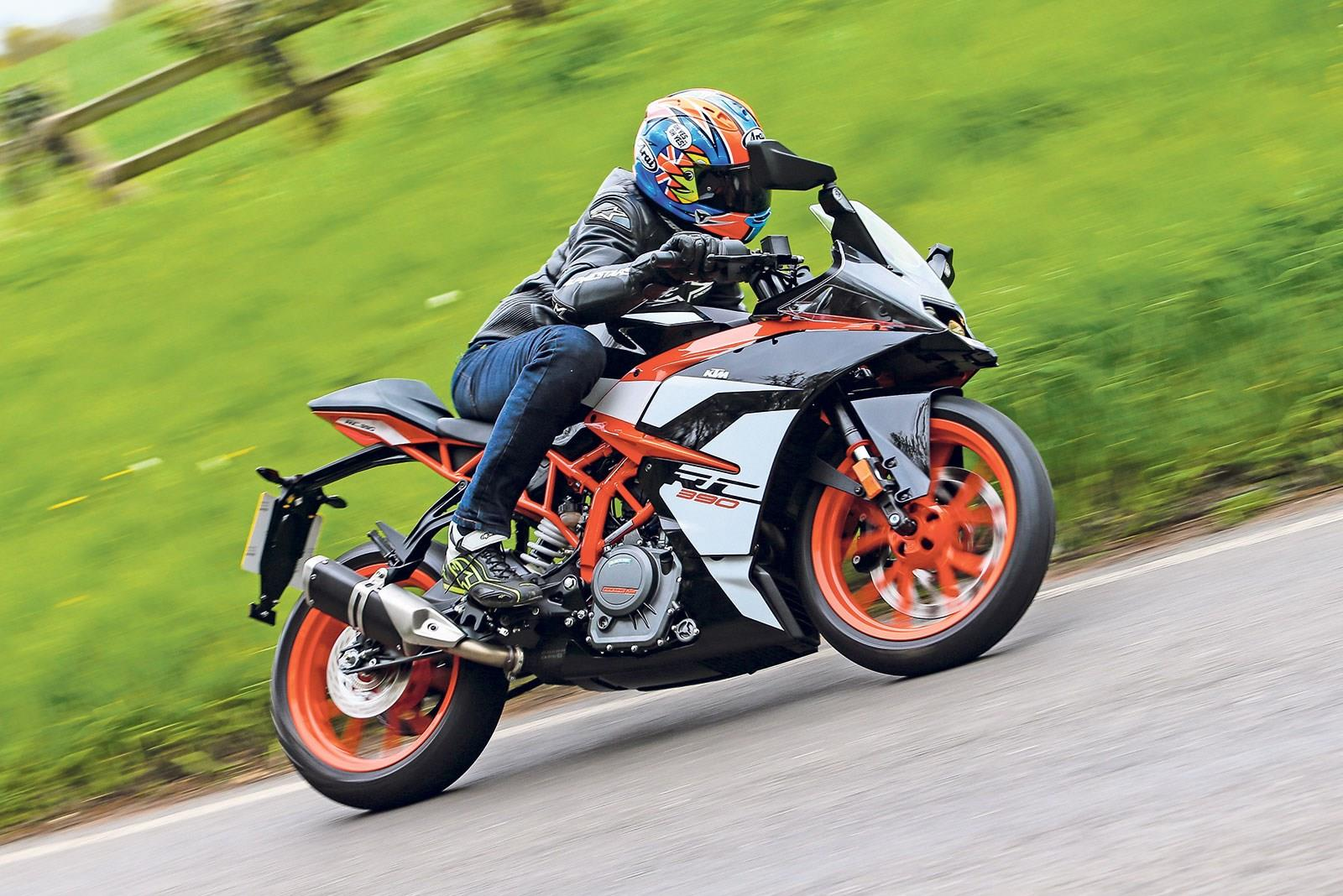 The KTM RC390 in action