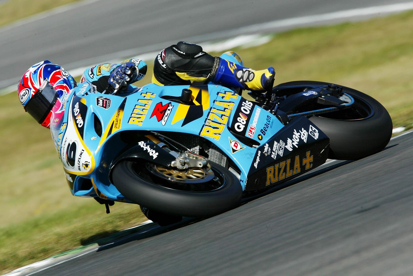 John Reynolds rides the Suzuki GSX-R1000 in 2003