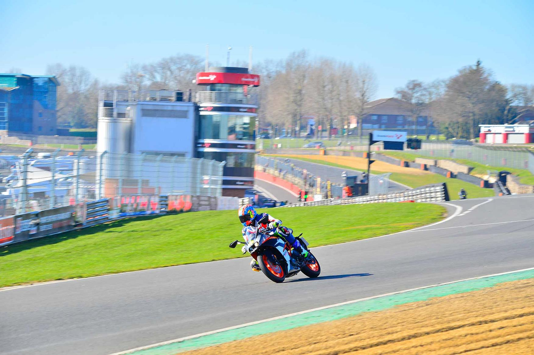 Entering Paddock Hill bend on the KTM