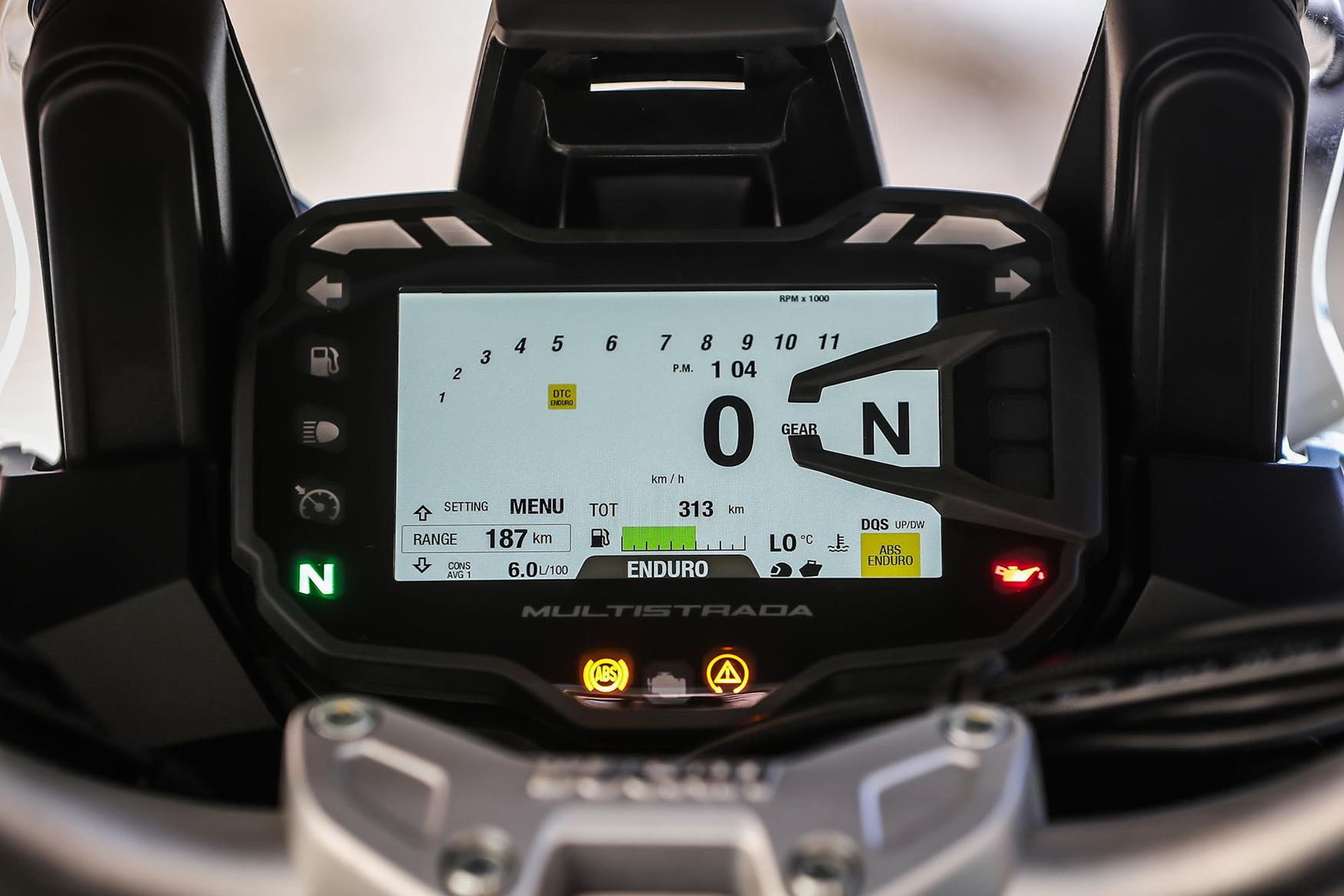 Ducati Multistrada 950 S dash