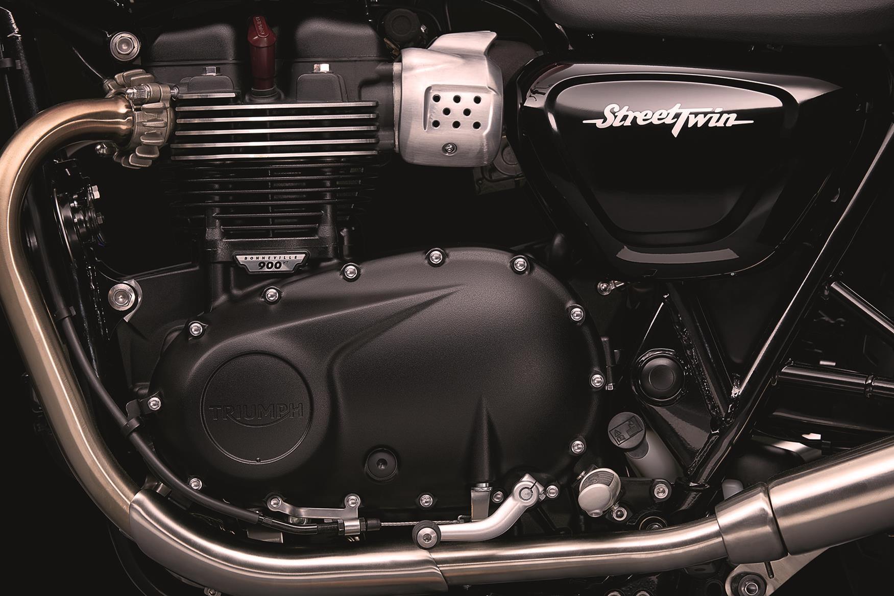 2016 Triumph Street Twin engine