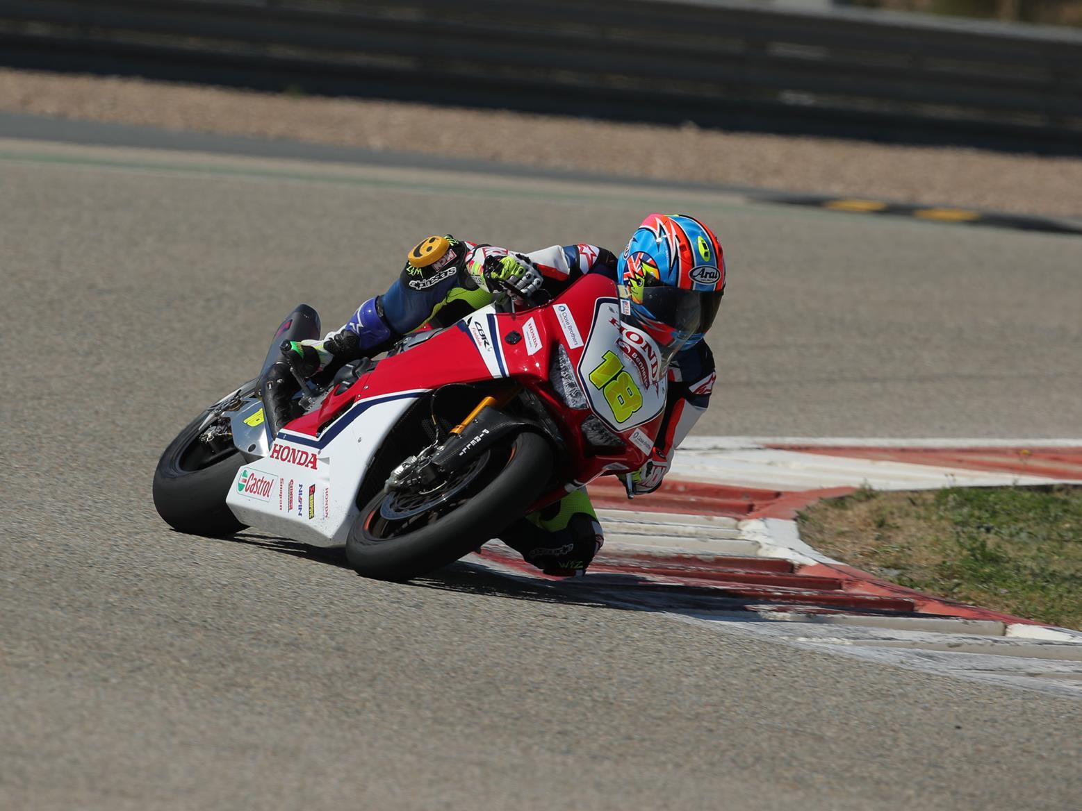 Michael Neeves on the Honda Fireblade British Superbike machine