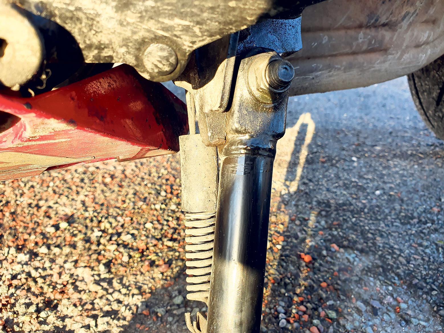 Honda CBR650R sidestand